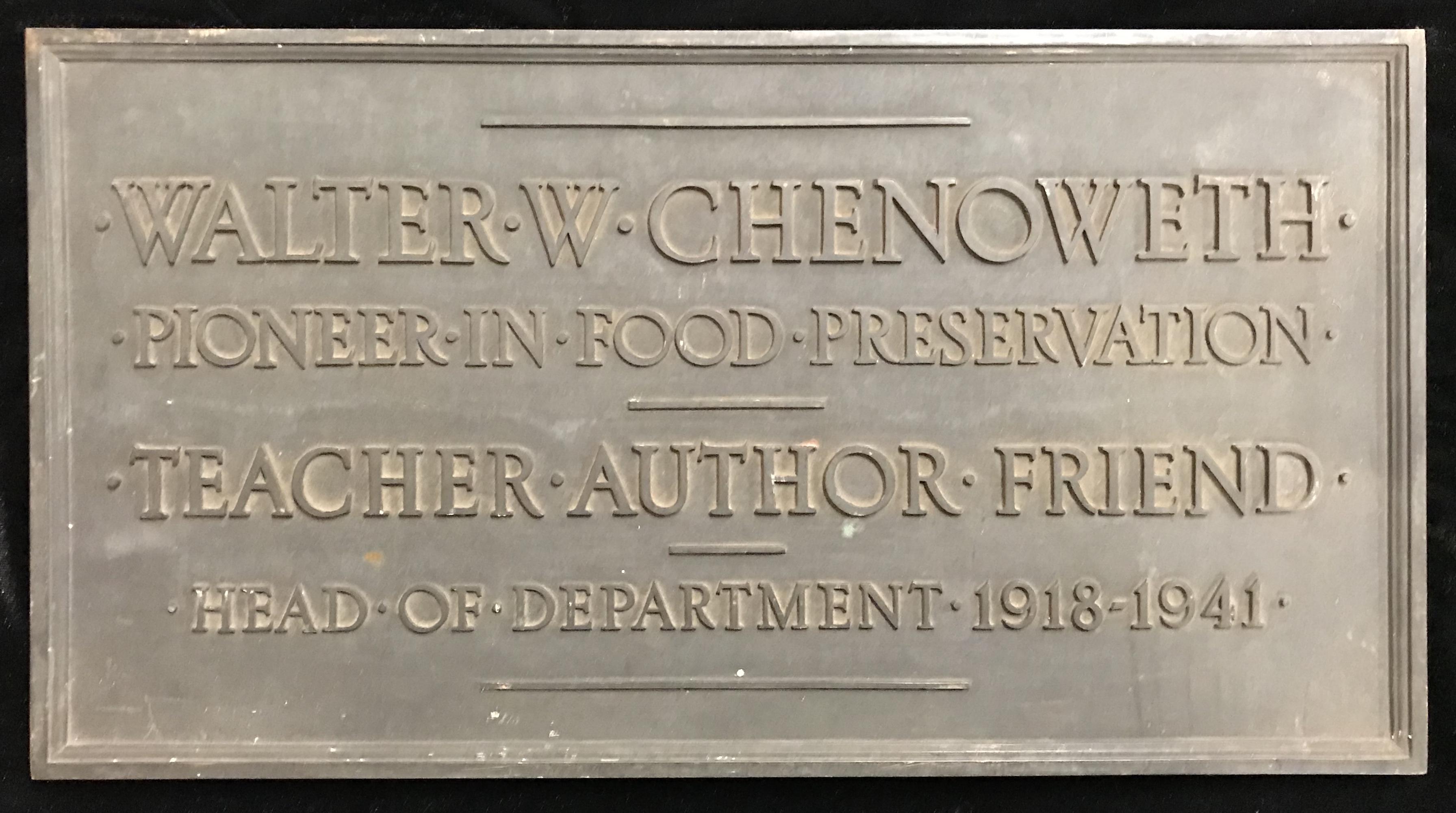 Walter W. Chenoweth, plaque.