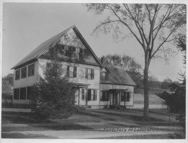View of the Entomology Building and Insectary (low extension to the right), with attached greenhouse, ca. 1910.
