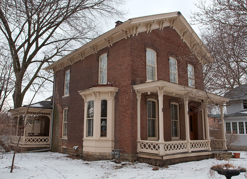 This Italianate house dates to 1871.