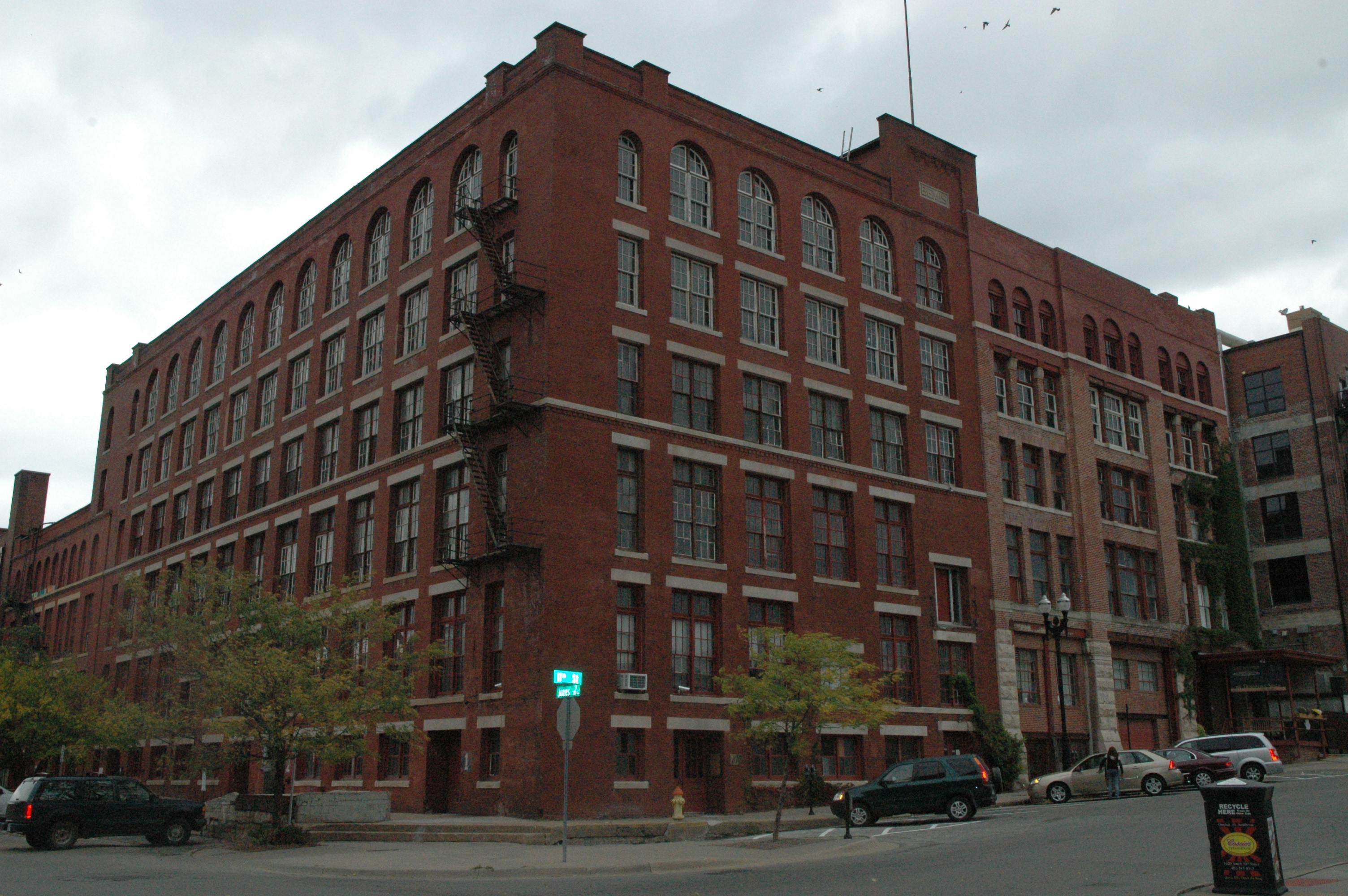 Bemis Building - Popular warehouse style that developed during the late 19th / early 20th century, now often serving as loft apartments in the 21st century in many urban communities.