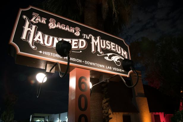 A billboard advertising the museum. (Credit: Travel Channel)