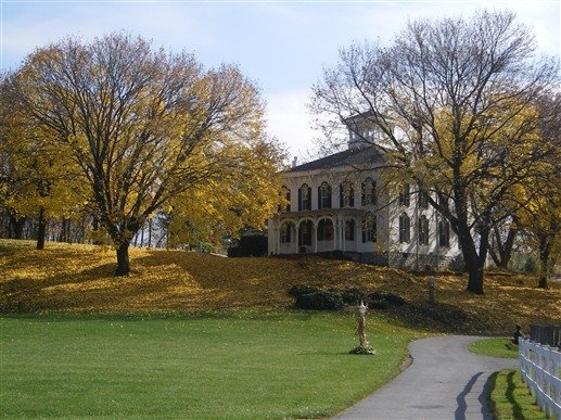 The origins of the manor house date back to c. 1855.  It now serves as a bed and breakfast.