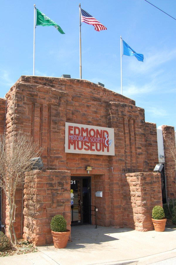 Museum entrance (image from Edmond Historical Society & Museum)