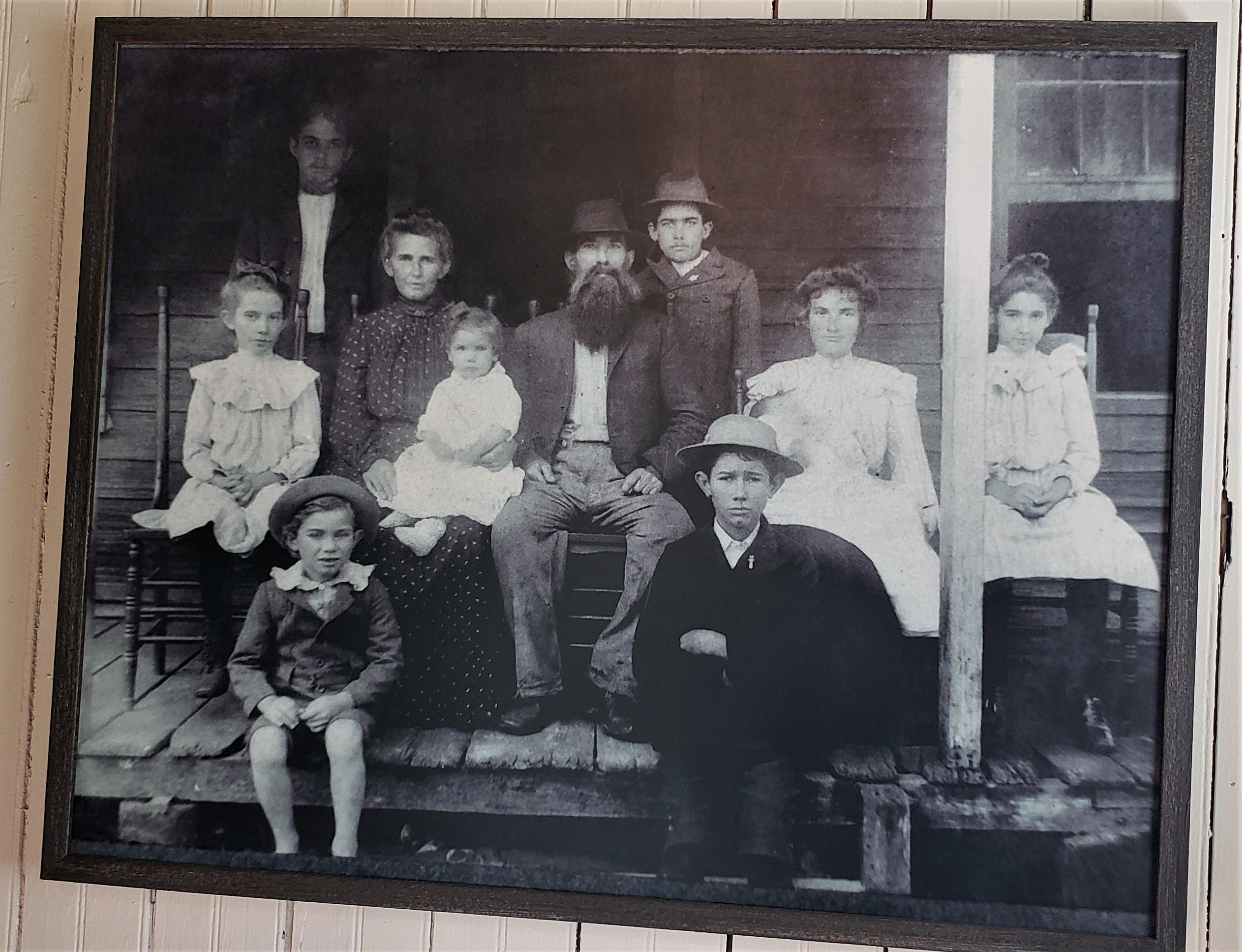 Tom and Ella Oesterreicher and their children
