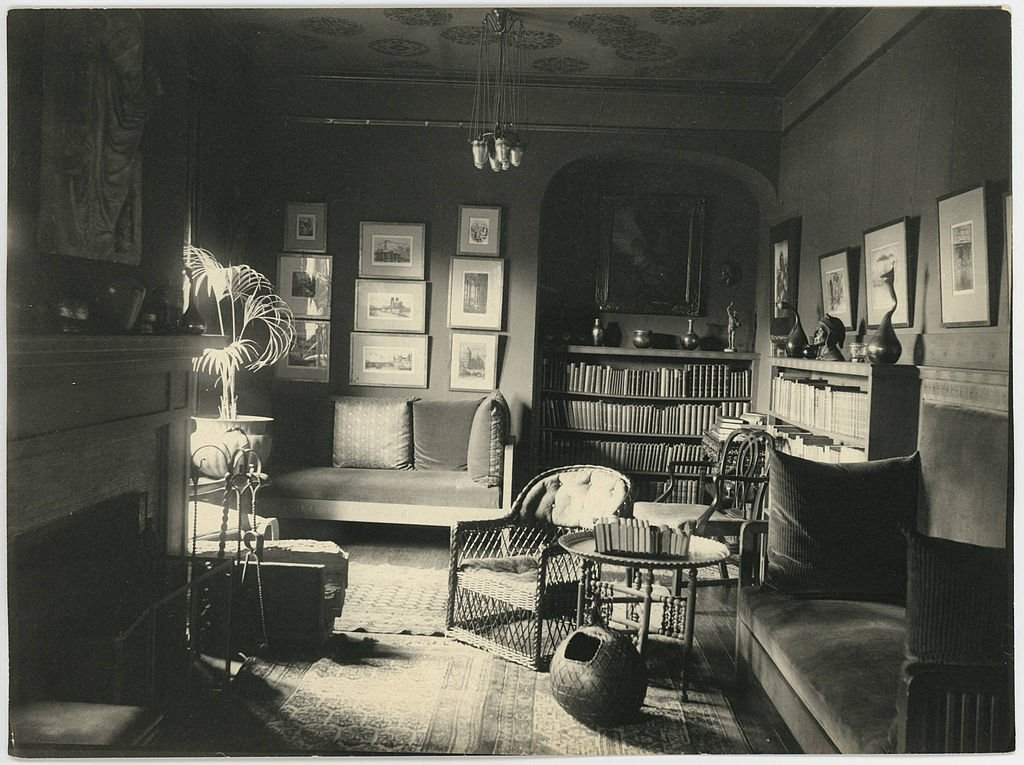 President Thomas' study photographed in 1904