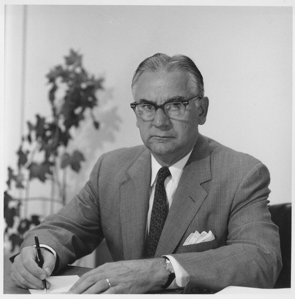 Oswald Tippo at his desk, ca. 1970.