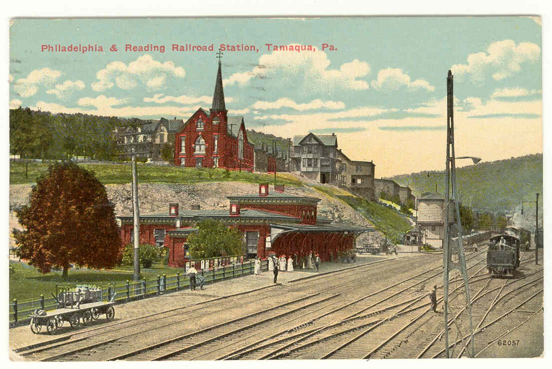 A post card that features the station in its prime.