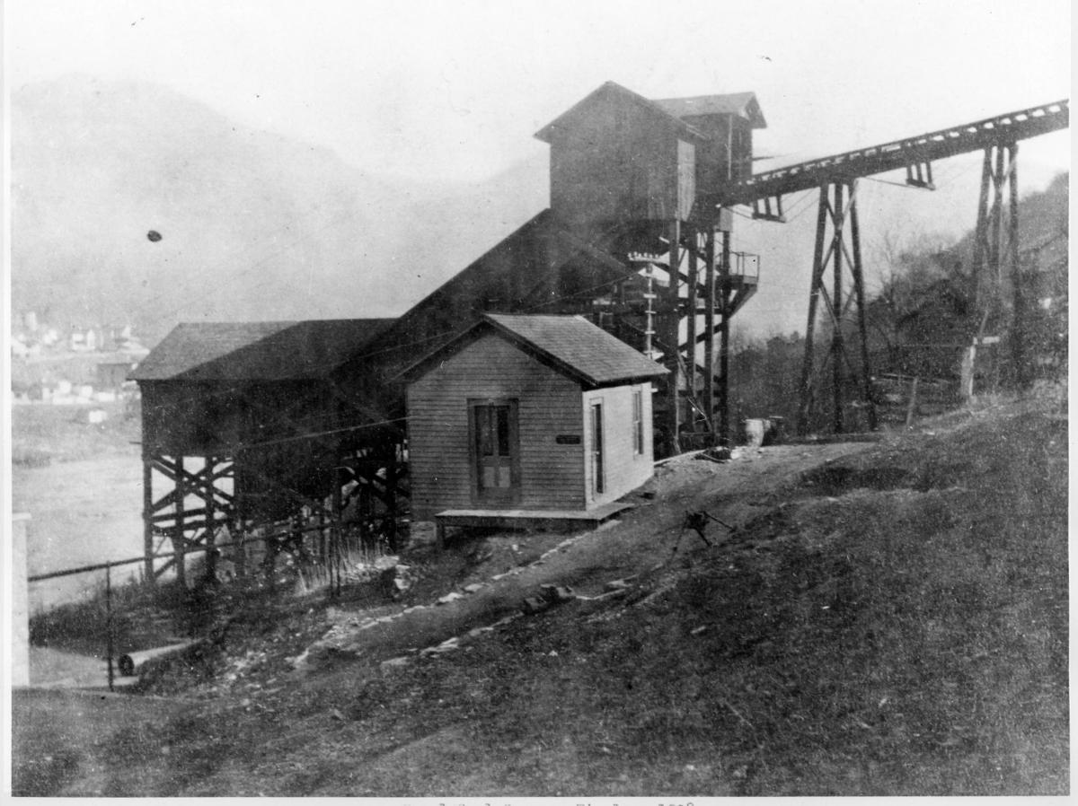 Slope, Building, Landscape, House