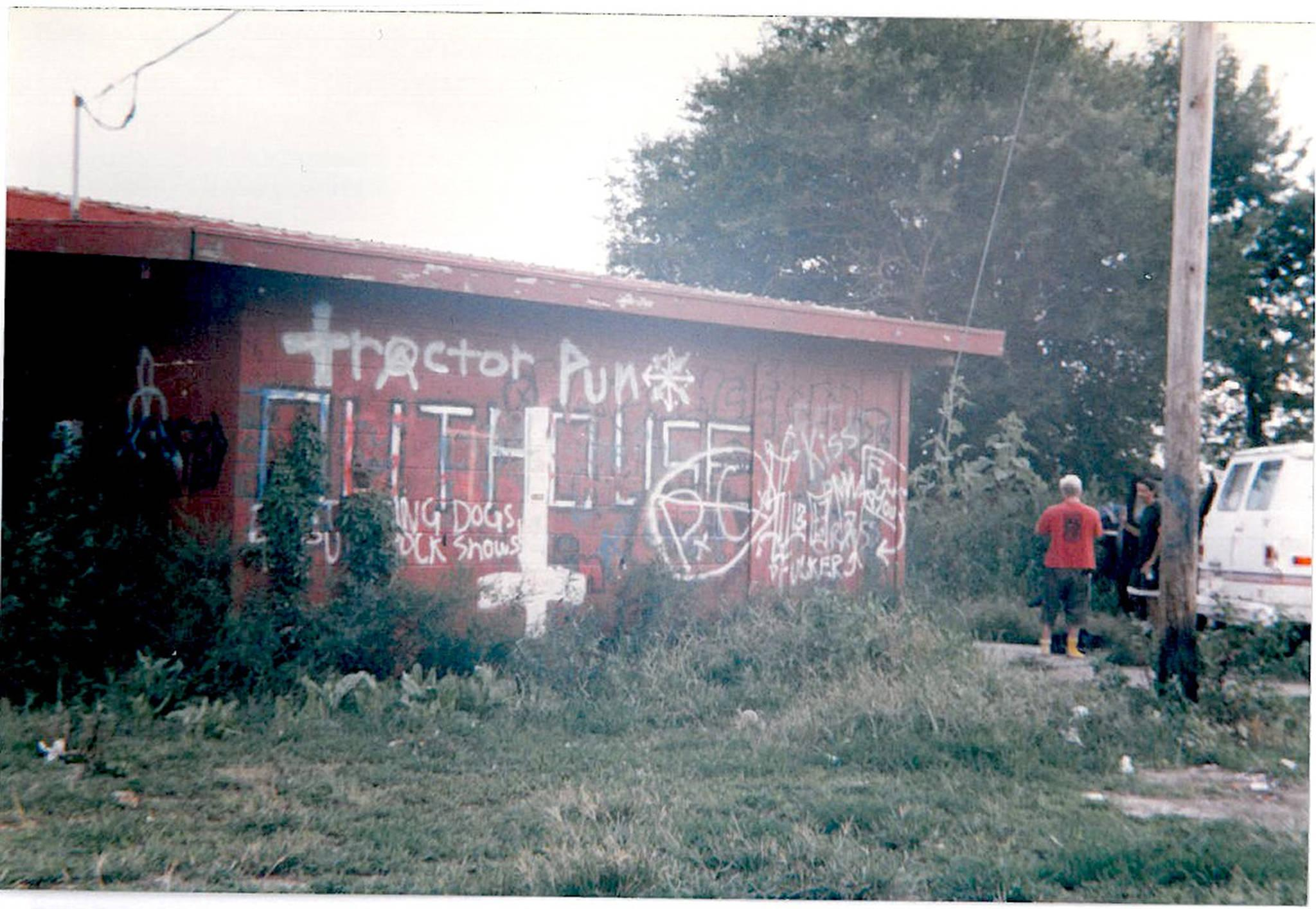 Before it was painted over in the early 90s, the inside and outside of the building were covered with graffiti.