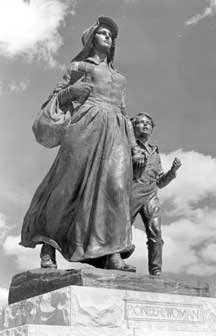 Pioneer Woman Statue (image from Oklahoma Historical Society)