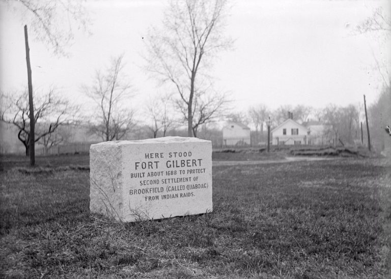 Image of the stone monument that marks the location of Fort Gilbert