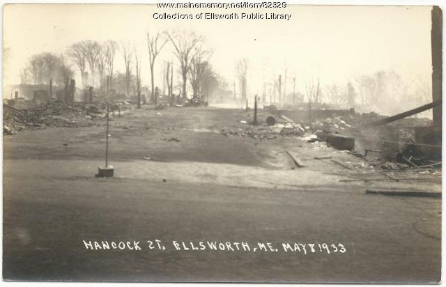 The wreckage of Hancock Hall. A new city hall was completed several blocks away, in 1935. (Maine Historical Society).