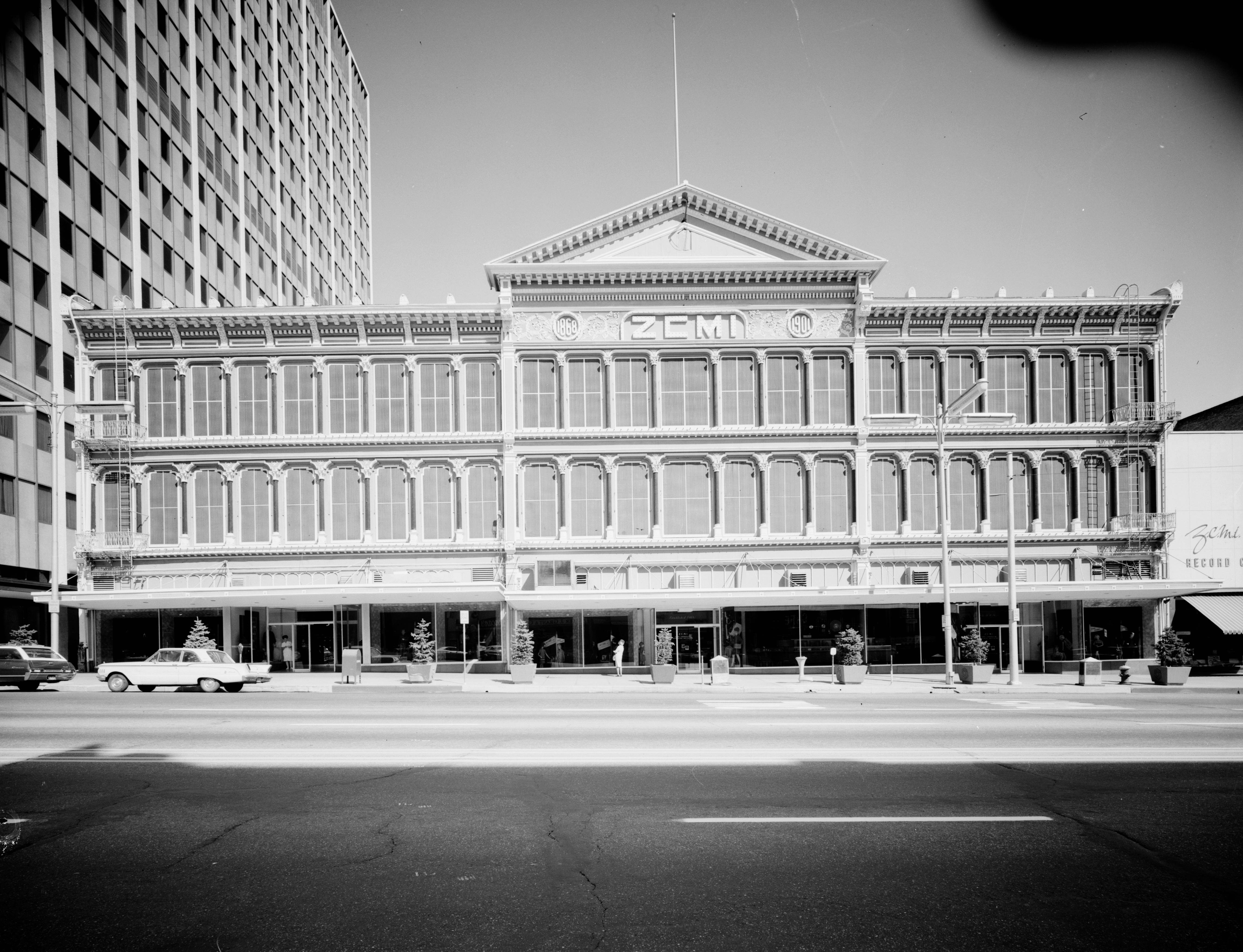 A view of the original building in 1967 prior to the first restoration of the facade.