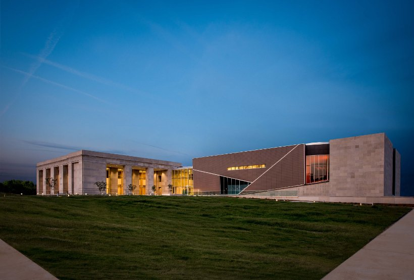 The Museum of Mississippi History & Mississippi Civil Rights Museum opened in December 2017. It is possible to visit one without visiting the other.