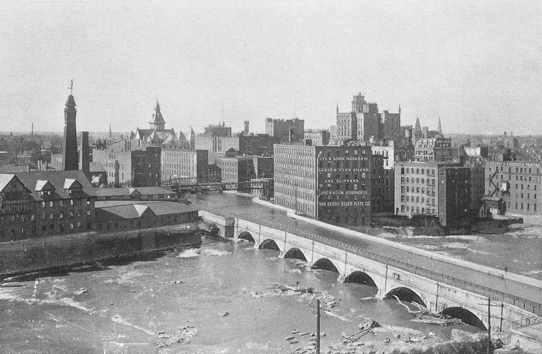Aqueduct over the Genesee River 1896 Found: http://www.mcnygenealogy.com/pics/index.php?/search/136