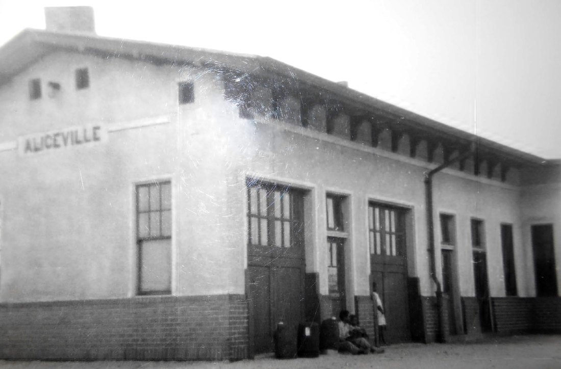 This is the Aliceville Fresco Railroad Depot where the POW's would arrive.  It has since then been demolished.