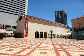 Outside View of HistoryMiami