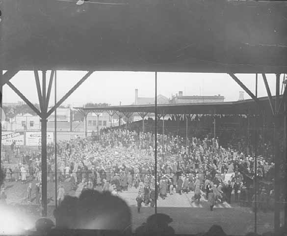 Crowds on the field at Nicollet Park, 1923