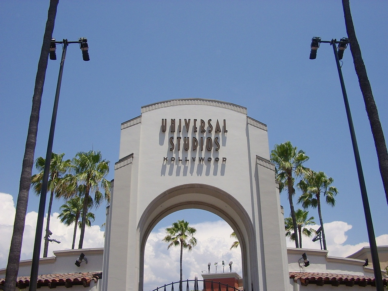 The gates to Universal Pictures Studios.