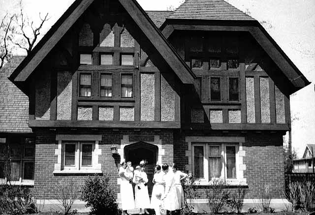 The Emily Paddock Cottage, which housed the nurses, in the 1920s