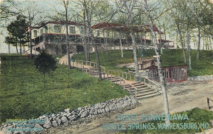 The hotel at Pertle Springs circa 1900. Standard Herald Printers, Warrensburg, MO