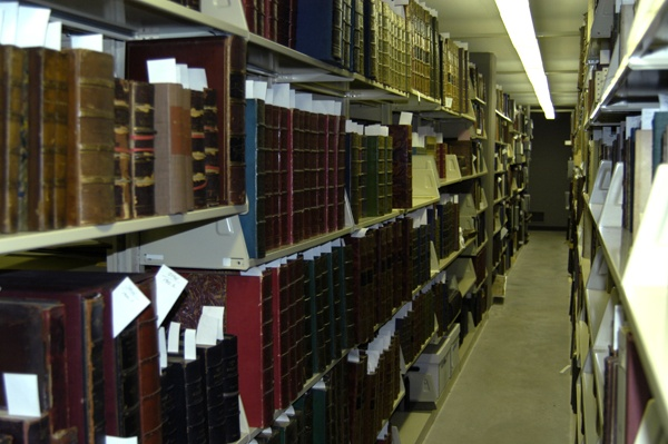 The library contains over one million books and hundreds of thousands of other documents available for research. Image obtained from the Newberry Library.