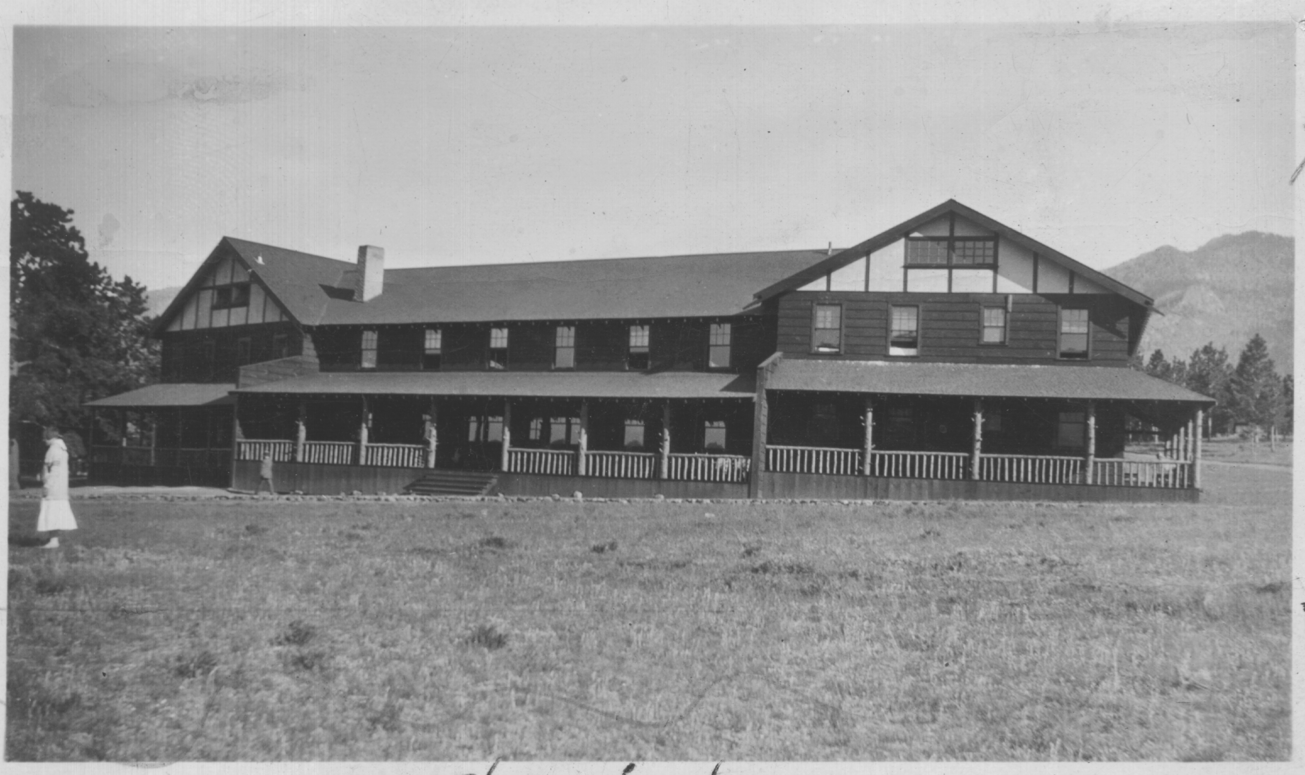 Wind River Lodge Expanded- 1924