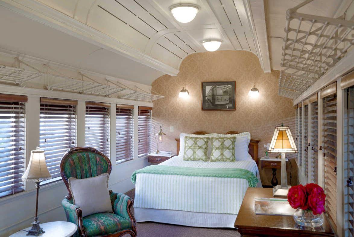 Hotel room in train car