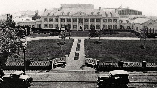 A photo of the mansion ca. 1920s/1930s from the Culver Studios website.