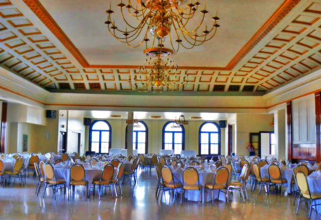 The Marunde Ballroom is one of DANK Haus' most popular venues, used for weddings and other events. Image obtained from SpaceFinder Chicago.