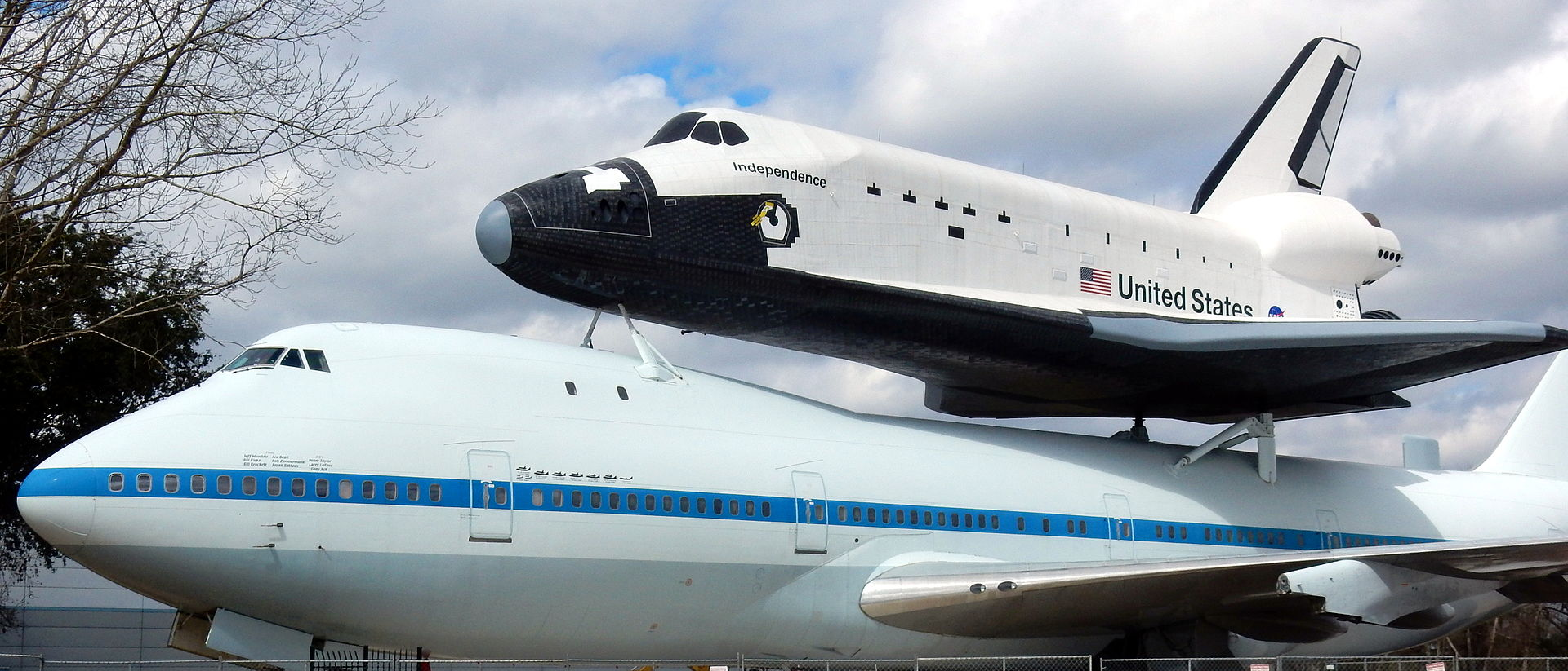 Visitors can enter both the replica of the shuttle Independence and the original shuttle carrier plane.