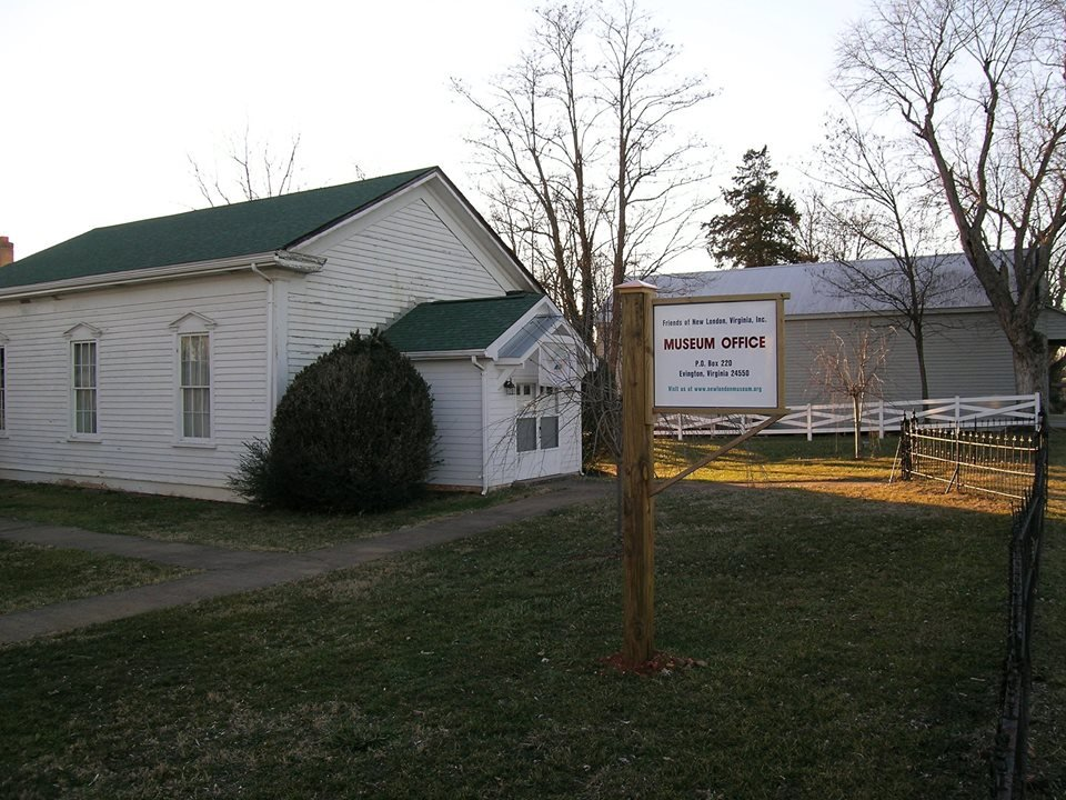 front of the New London United Methodist Church