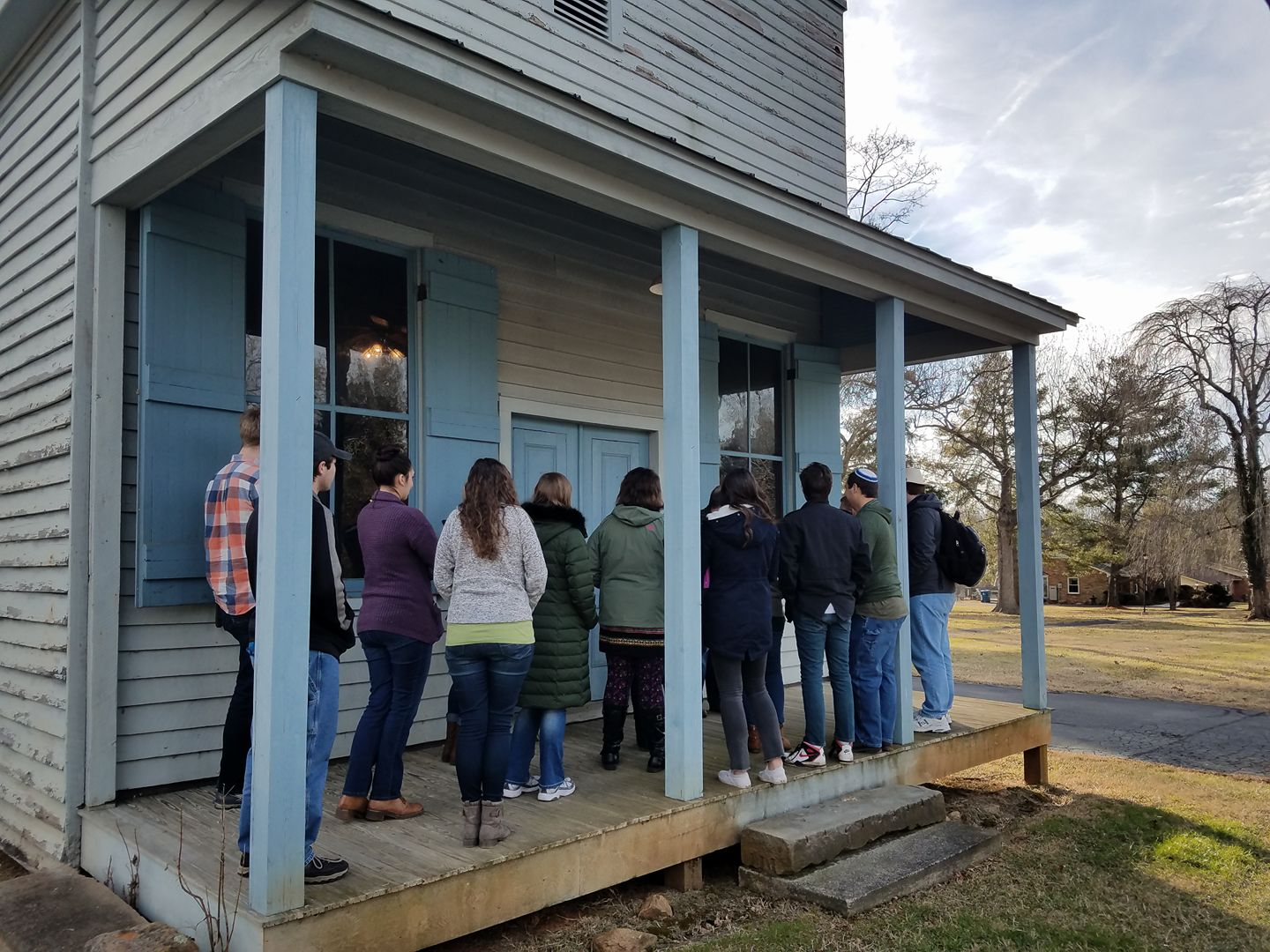 Class tour viewing the W.W. Driskill General Store (Spring 2018)  Photo Credit: Public History at Liberty University via Facebook