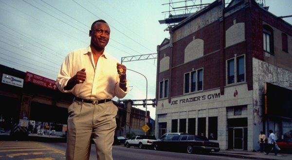 Joe Frazier in front of Joe Frazier's Gym in 1996