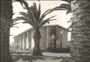 Main Street Library, circa 1951. Source: City of Huntington Beach archives.