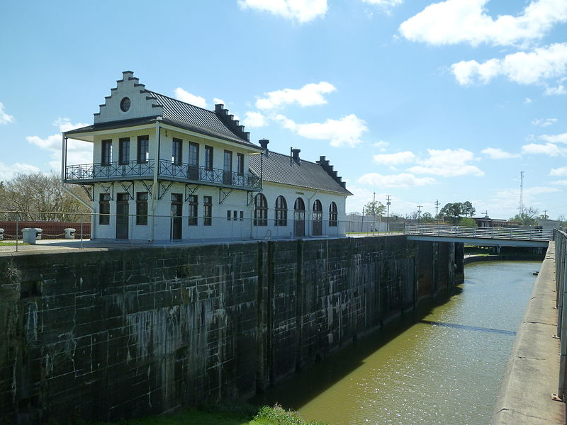 The Plaquemine lock connected the Mississippi River to Bayou Plaquemine. The lock was designed for differences in water level as high as fifty feet from the river at flood stage to the bayou. Credit: Flickr user Dan Troyka