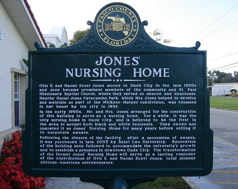 Historical Marker of Jones Nursing Home downtown of Dade City, Florida (Photo taken by Jim Fillman July 26, 2011)