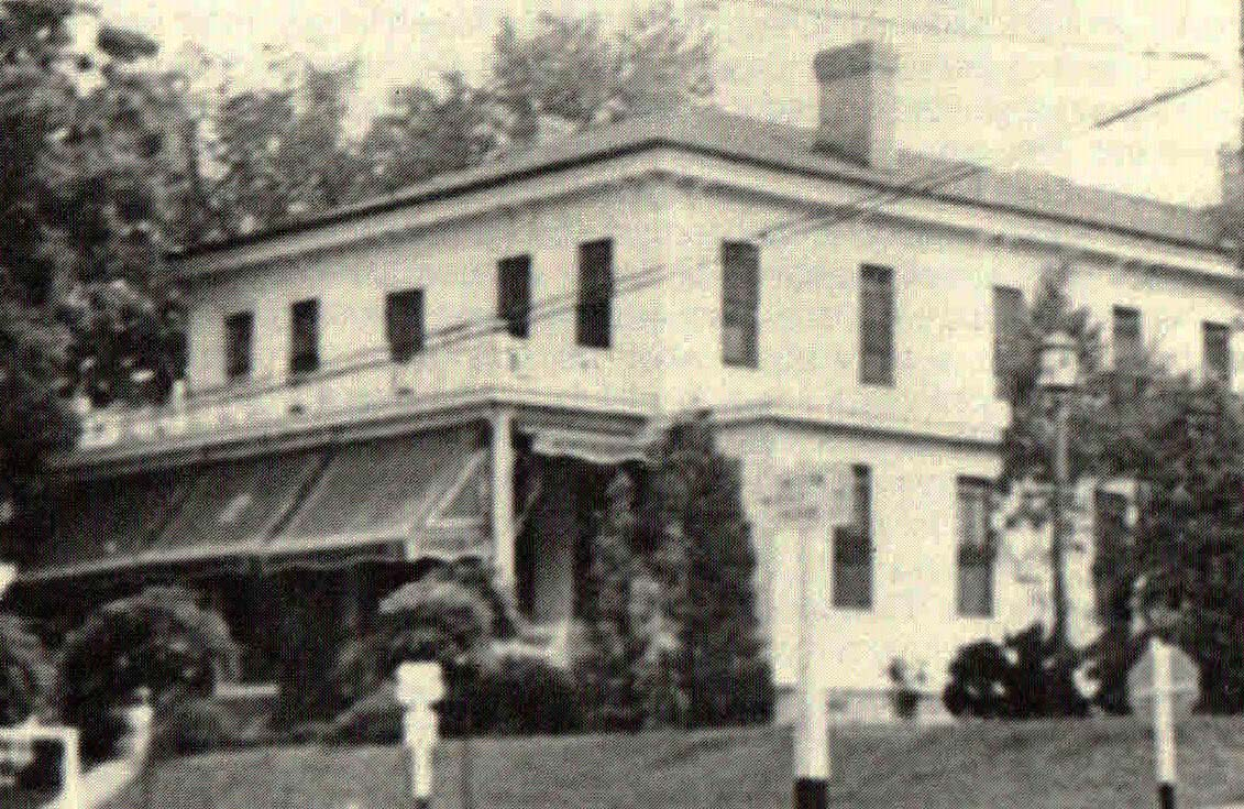Colonial Hotel 1930s