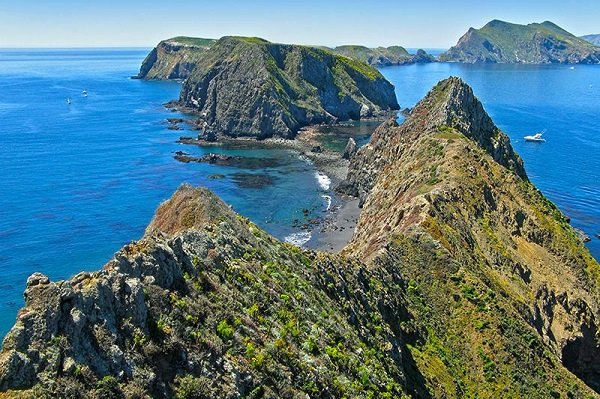 Channel Islands National Park (Obtained from https://www.national-park.com)