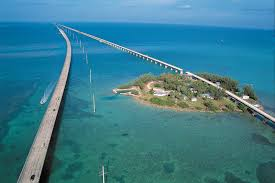 The Seven mile bridge was one the the most challenging parts of the project. To the right was the railway and to the left is the newly built roadway. About two miles into the seven mile bridge (southbound) stands Pigeon Key. Here, more than 400 workers st