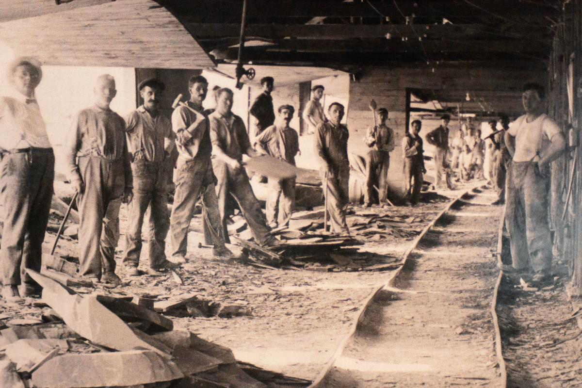 Workers in the Slate Company