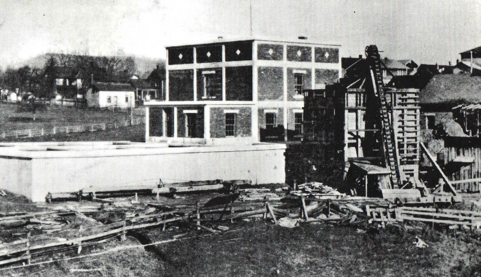 Water Plant Construction, 1921. Ice Plant to the right (Courtesy St. Albans Historical Society}