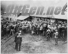 Families of the miners waiting for news after the disaster