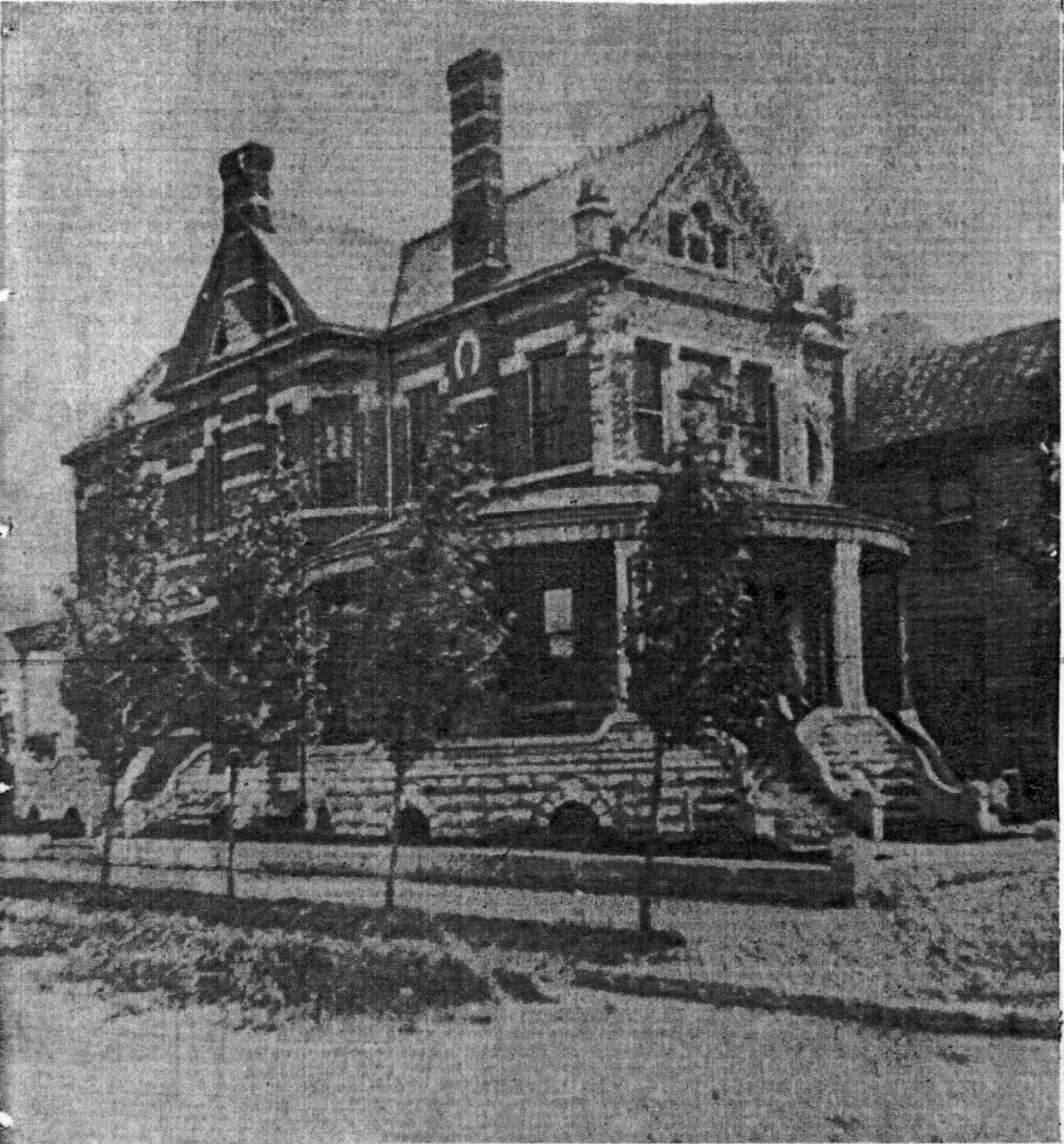The house circa 1915