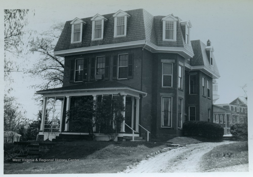 Photograph of the Wade house taken in 1965.