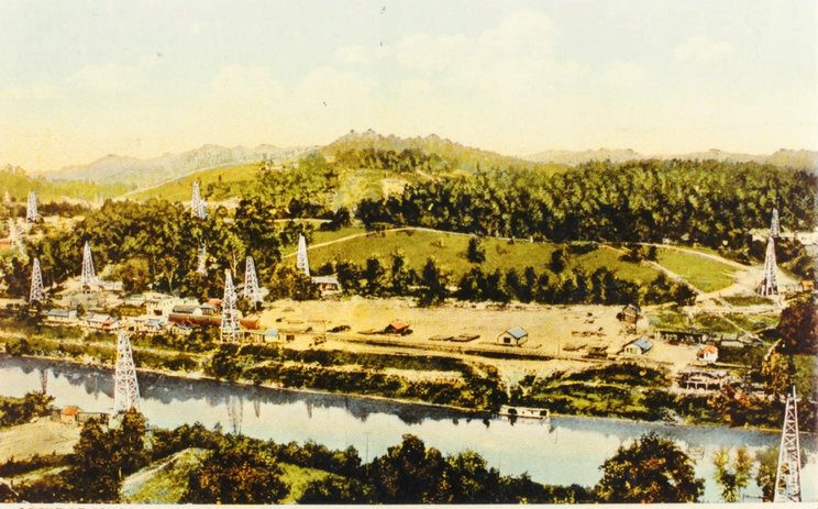 Early 20th century postcard view of the southern portion of the Blue Creek Field in Pinch. 2
