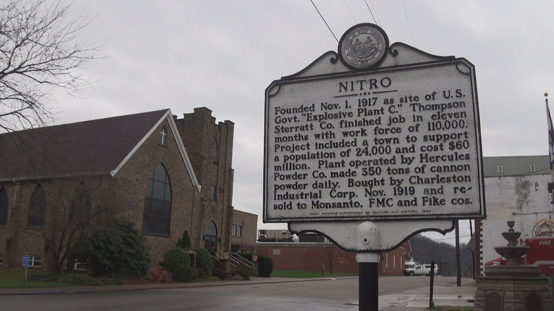 "Marker explaining the development of the town of Nitro, largely due to the creation of Explosives Plant ""C."""