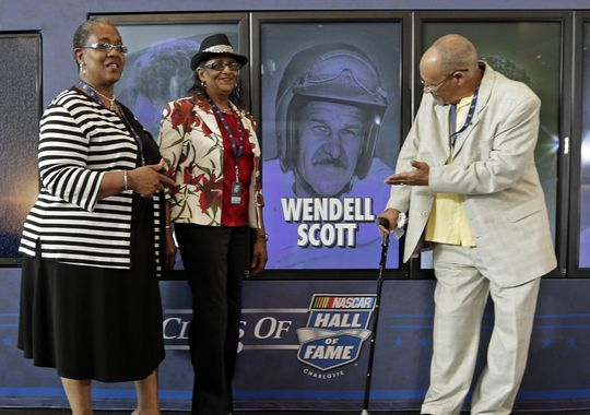 Scott's family at Scott being named one of the 2015 NASCAR Hall of Fame inductees