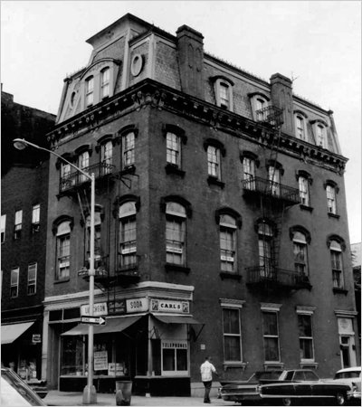 1960 (Image from New York City Landmarks Preservation Commission)