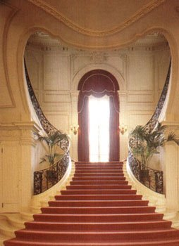 Staircase (photo courtesy of the New York Social Diary)
